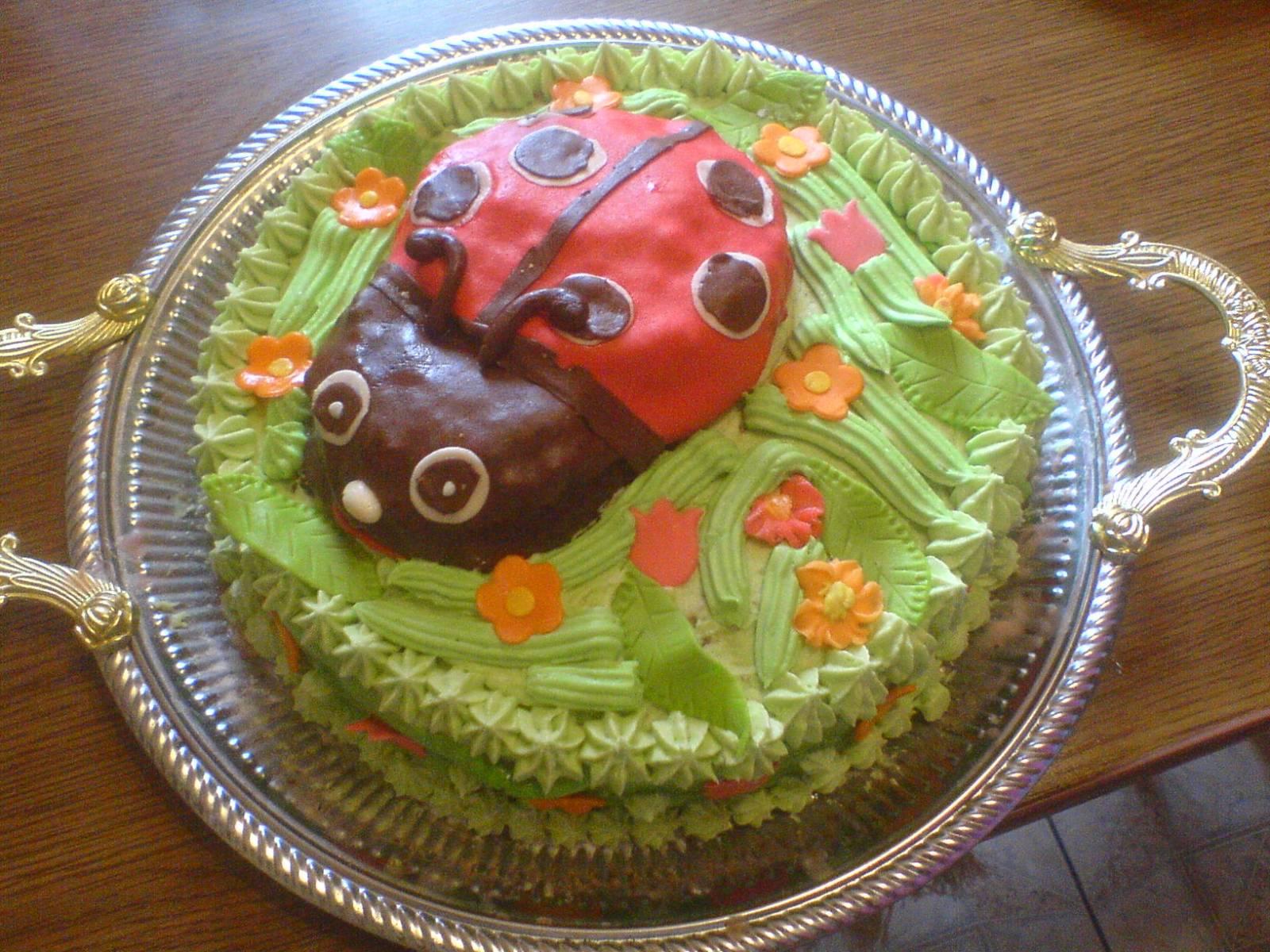 И фото на сайте flora sakura детские торты